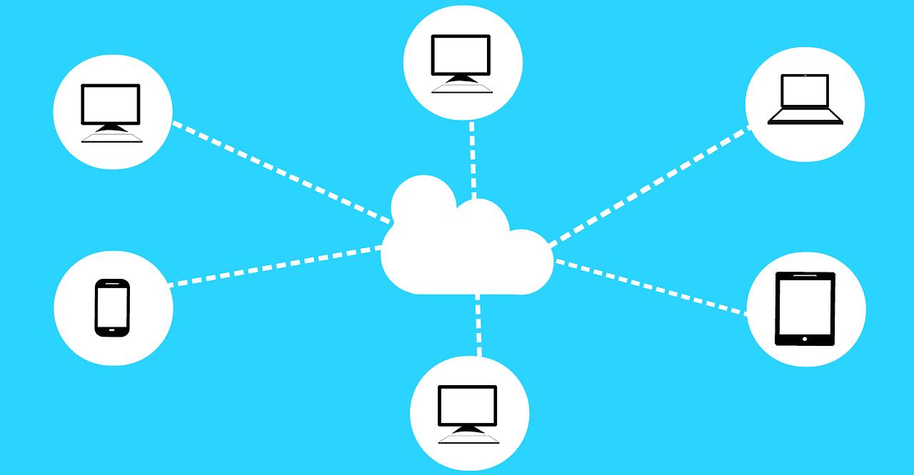 Co to jest chmura internetowa i jak z niej korzystać